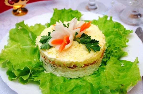 Салат мимоза рецепт с консервой пошагово с фото