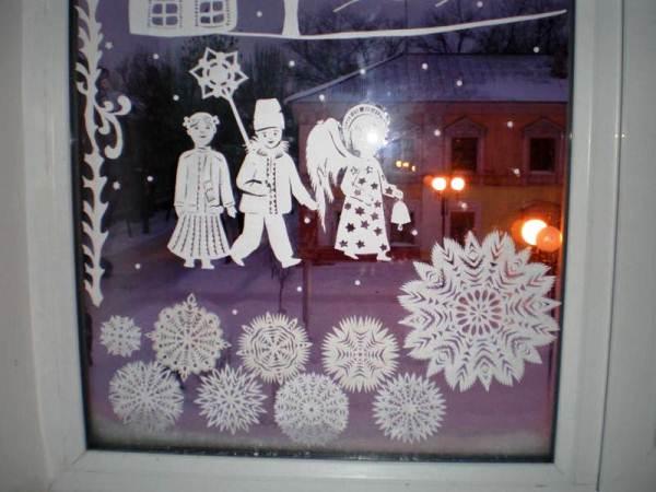 снежинки из бумаги фото 25