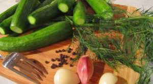 рецепты хрустящих малосольных огурцов быстрого приготовления