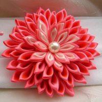 цветы из атласных лент фото 27