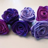 цветы из атласных лент фото 56