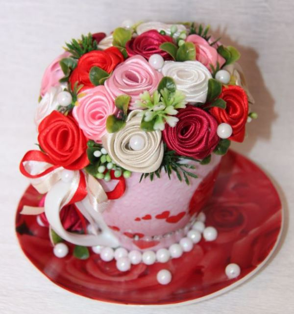 цветы из атласных лент фото