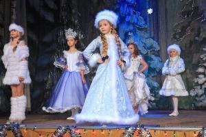 костюм снегурочки для девочки своими руками