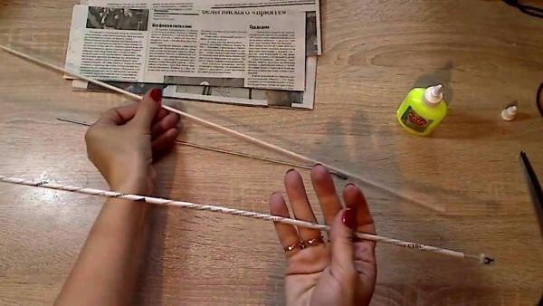 корзина из газетных трубочек фото 4