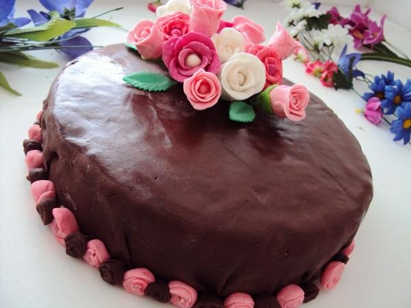 Украшаем торт мастикой в домашних условиях фото 5