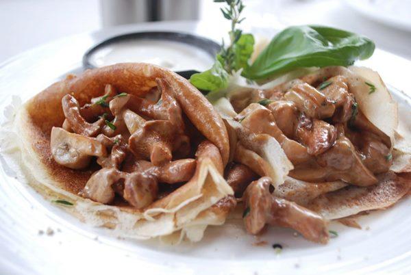Блины с грибной начинкой рецепт с фото