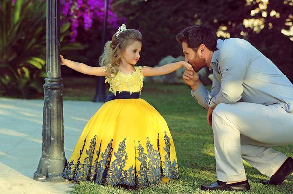 Платья на выпускной фото самые красивые