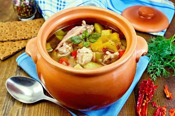 Блюда в горшочке рецепты с фото пошагово