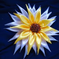 цветы из атласных лент фото 44