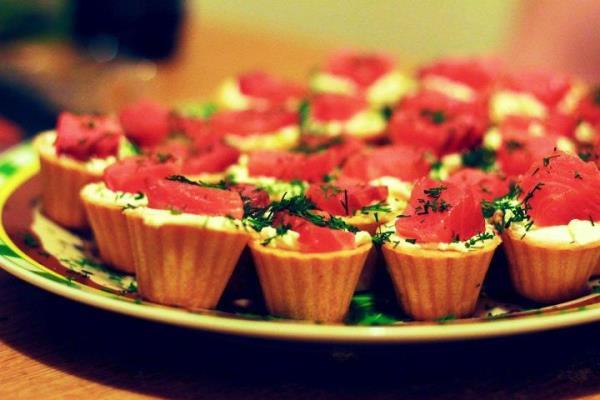 Самые вкусные тарталетки с начинкой рецепты с фото с красной рыбой