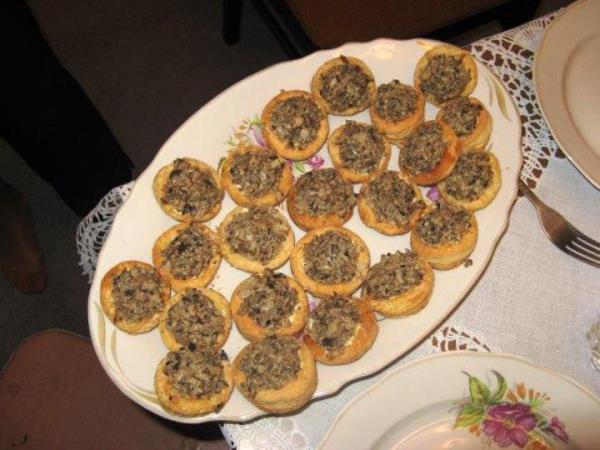 Тарталетки из слоеного теста с начинкой рецепты с фото самые вкусные